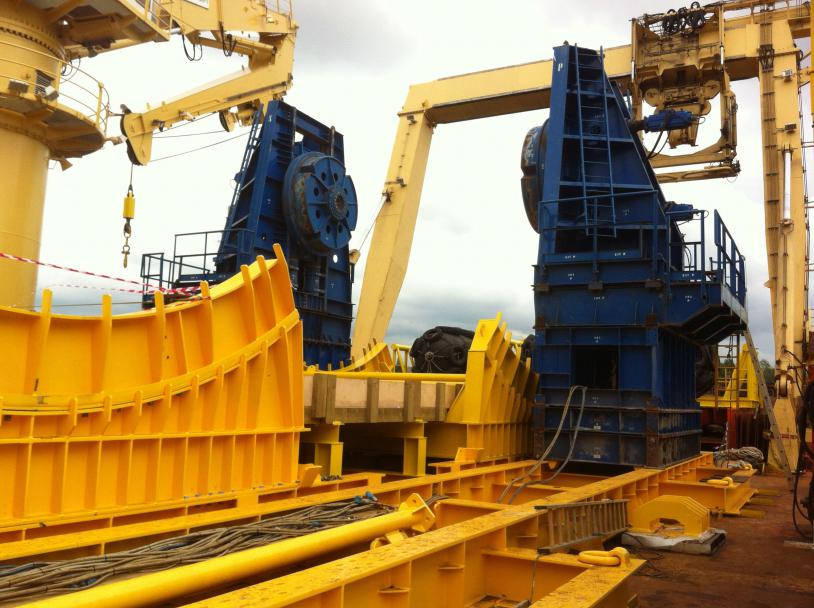 The modular track system is specifically designed for the Innodrive Reel Drive System.