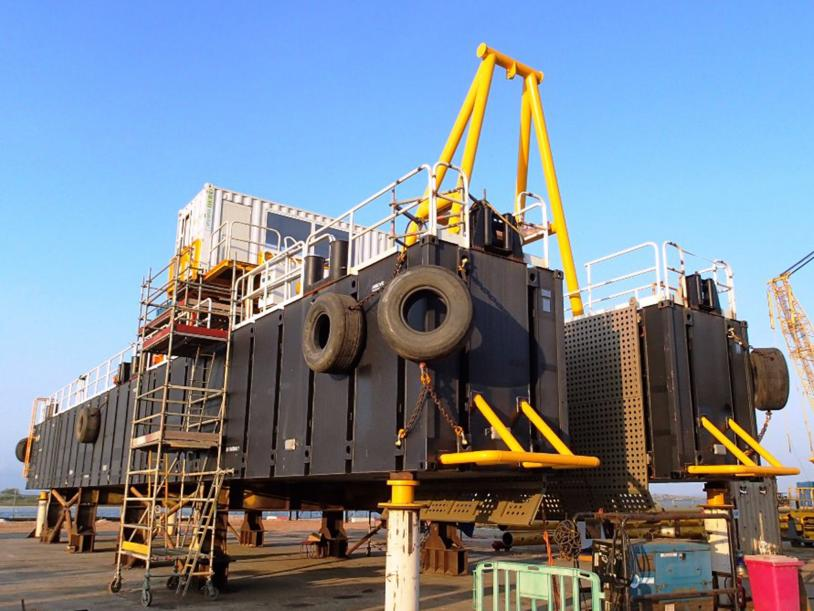 Innofloat pontoons used to create safe and secure hull for dredging barge.