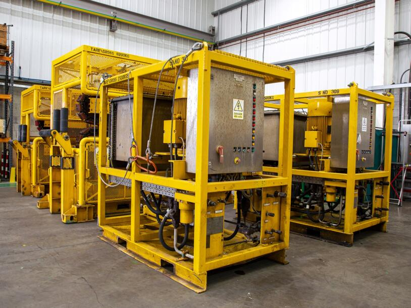 Innovo's 10T hydraulic tensioners are each supplied with a Hydraulic Power Unit (HPU).