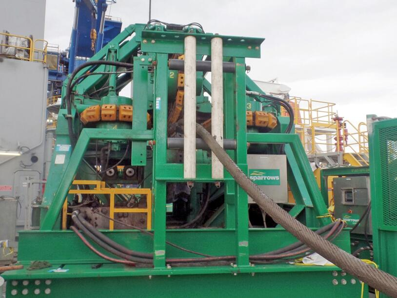 Sparrows Group 36 / 40T hydraulic tensioner (image courtesy of Sparrows Group).