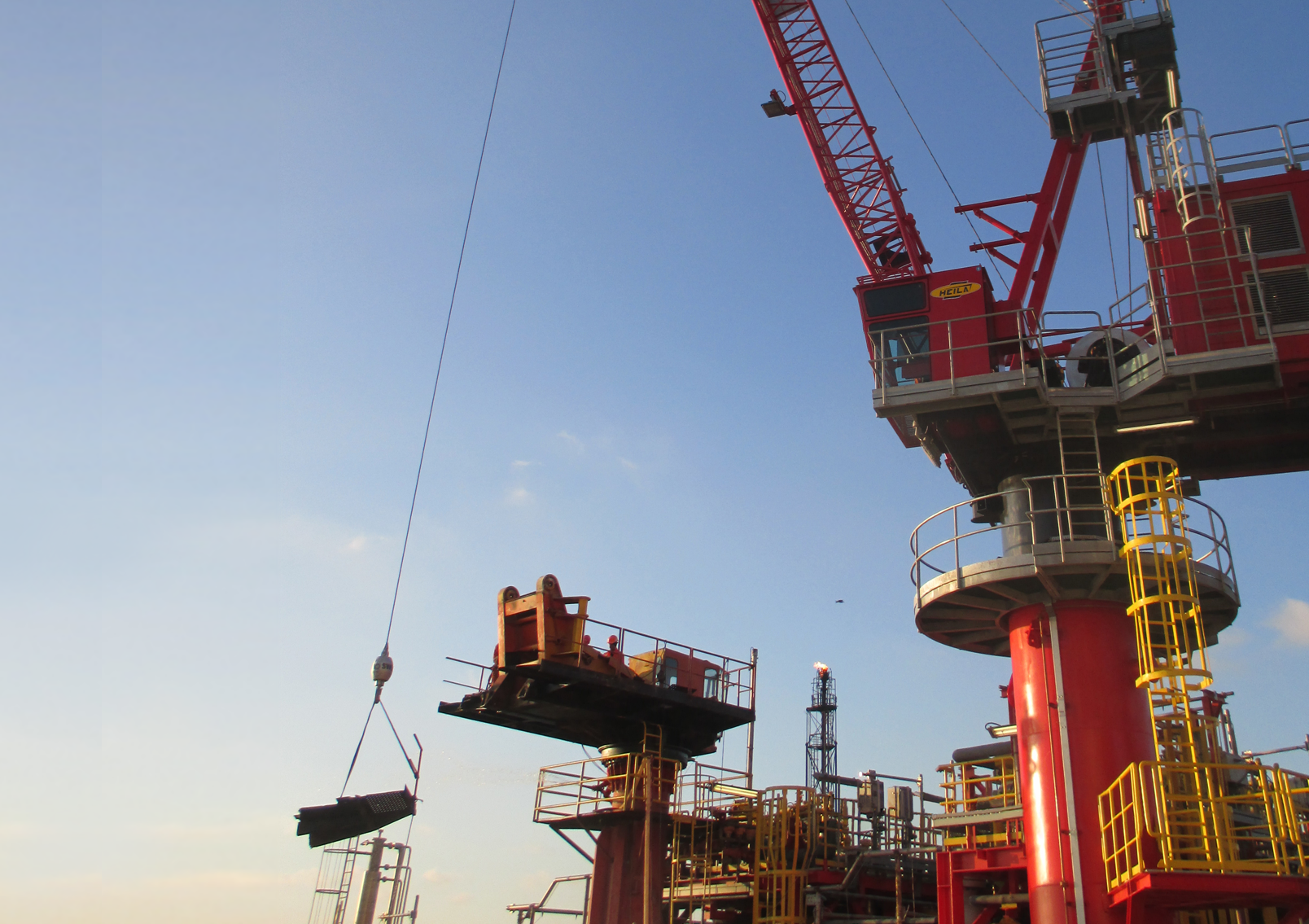 Innovo and Petroconst SA complete successful crane project for OMV Petrom